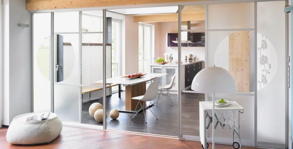 Offene Küche mit Schiebetür abtrennen - Planungswelten
