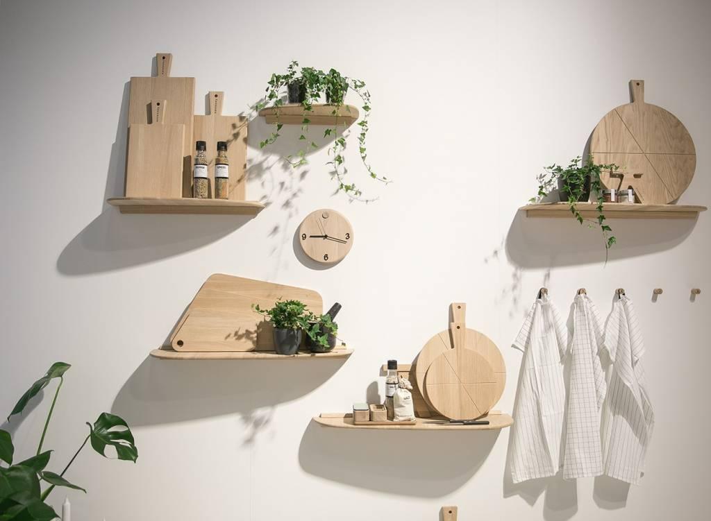 Dieses Bild zeigt ein dekoratives Küchenregal von Andersen
