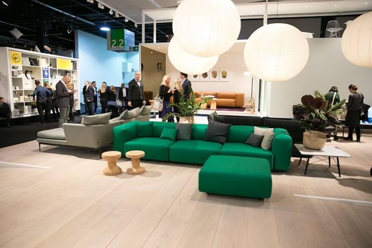Bild einer grünen Couch von vitra