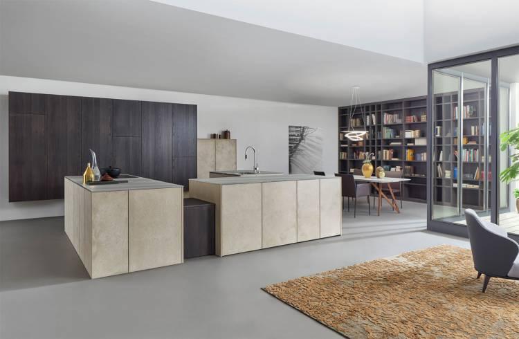 Bild einer modernen Küche in Schwarz-Weiß
