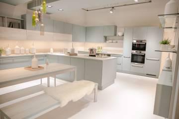 moderne nobilia Küche in Mint und Weiß