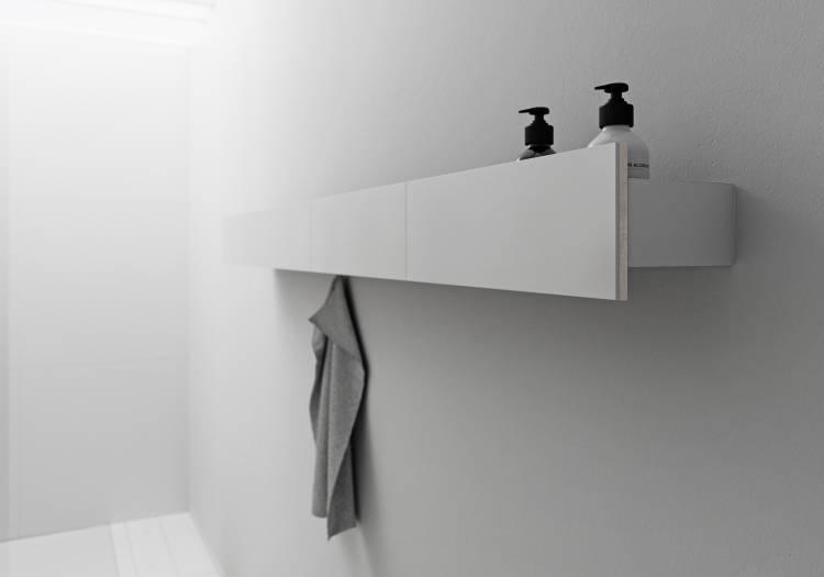 individuelles Wandboard mit Ablagefläche und Handtuchhalte