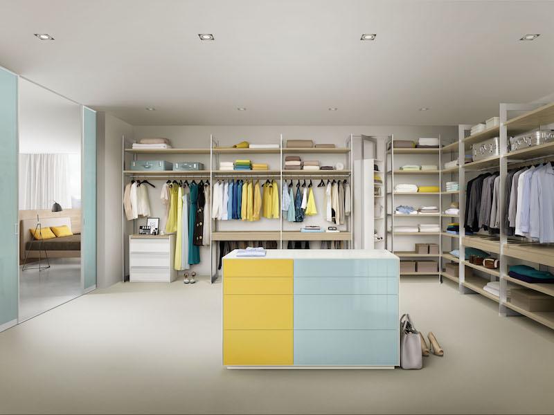 raumplus-ligram-moebel-gelb-blau