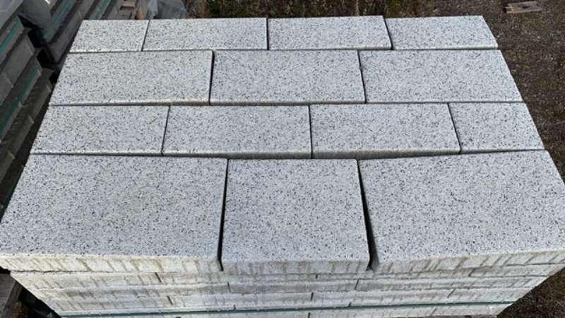 * Sonderangebot* Vianova Pflaster Läuferverband 8 cm Zermattweiß Wassergestrahlt (Restposten)