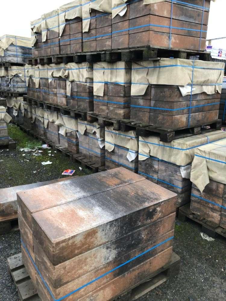 JASTO  Blockstufen 100x35x15 cm Muschelkalk (Restposten)