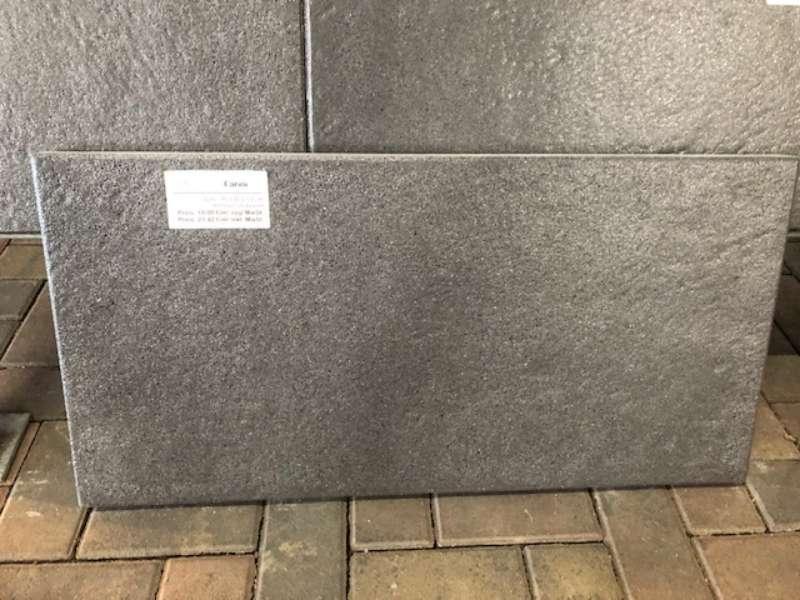 Farini Terrassenplatten 80x40x3,8 cm anthrazit meliert strukturiert (2.Wahl)
