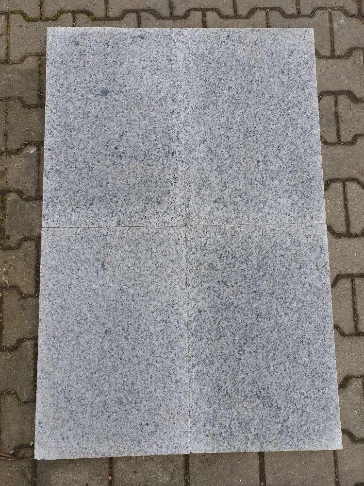 "Granit Bodenplatte ""Rocca"" hellgrau 40 x 60 x 3 cm"