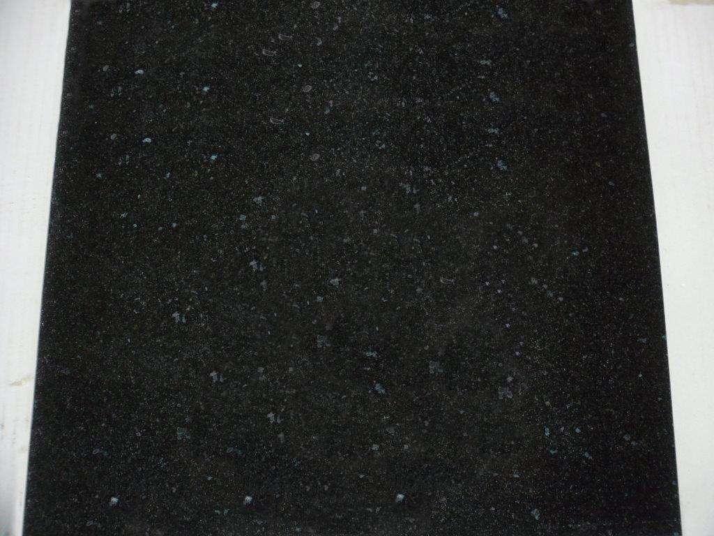 """""""Medium Black"""" Natursteinfliesen (30,5×30,5x1cm)"""