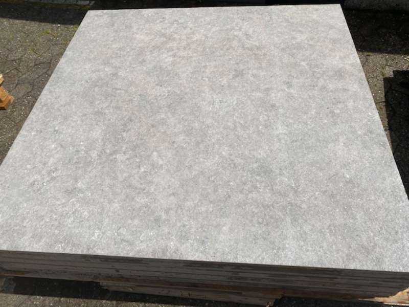 Mysteo [BETONPLUS/KERAMIK] 120x120x5 cm steingrau strukturiert (2.Wahl)