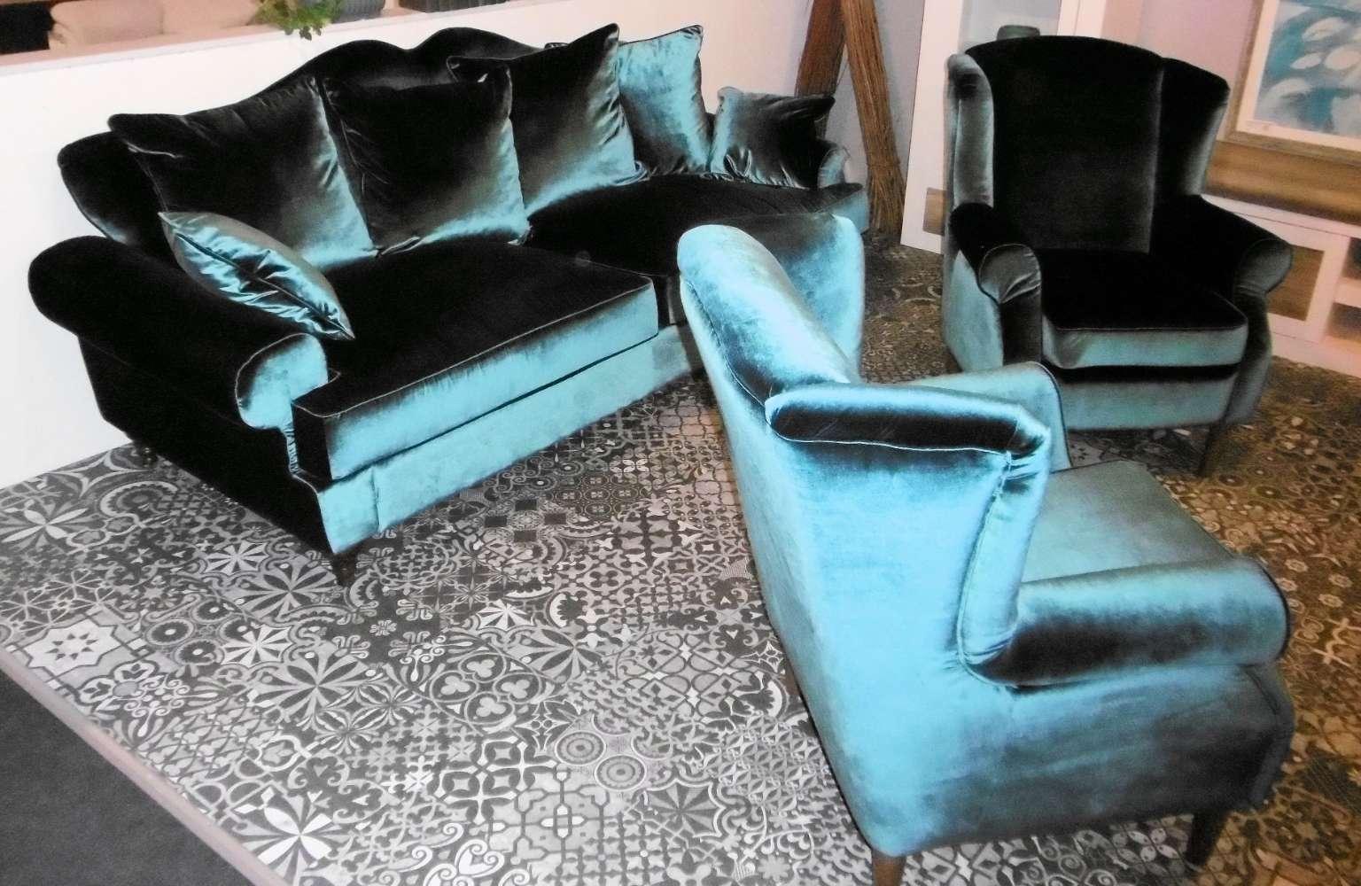 Big-Sofa-Garnitur  mit  2 Hochlehnsesseln