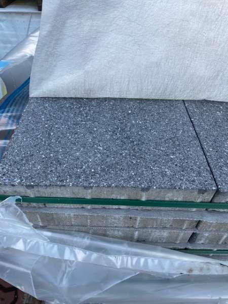 Vianova Platten 30x30x5 cm Platindunkel geschliffen & gestrahlt (2.Wahl/Sonderposten)