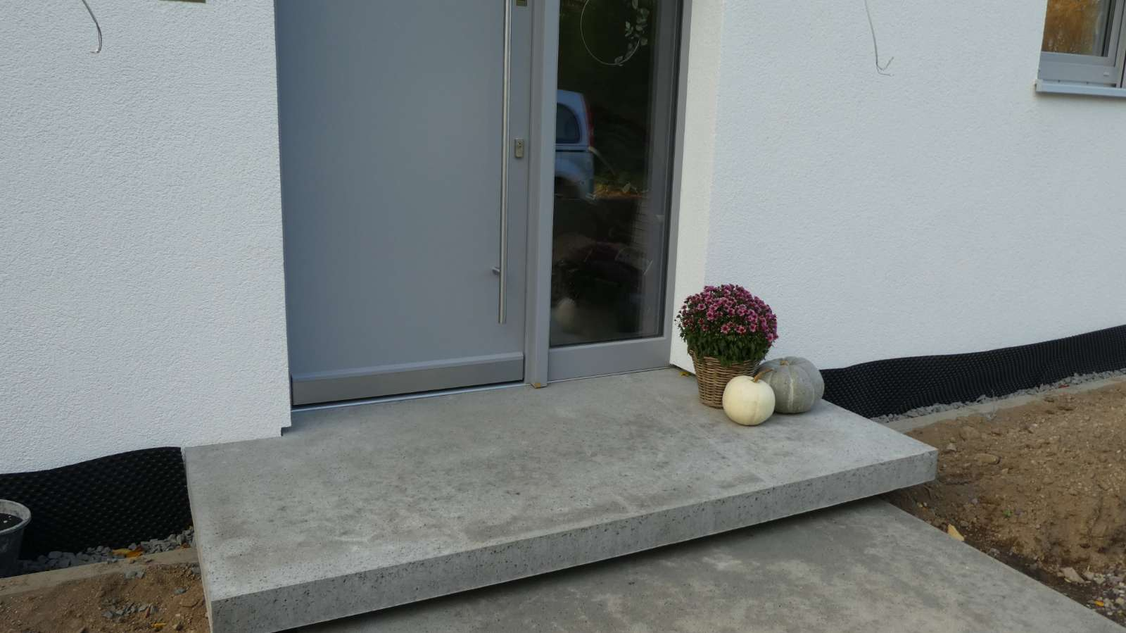 CONCRETUM Hauseingang Podestplatte
