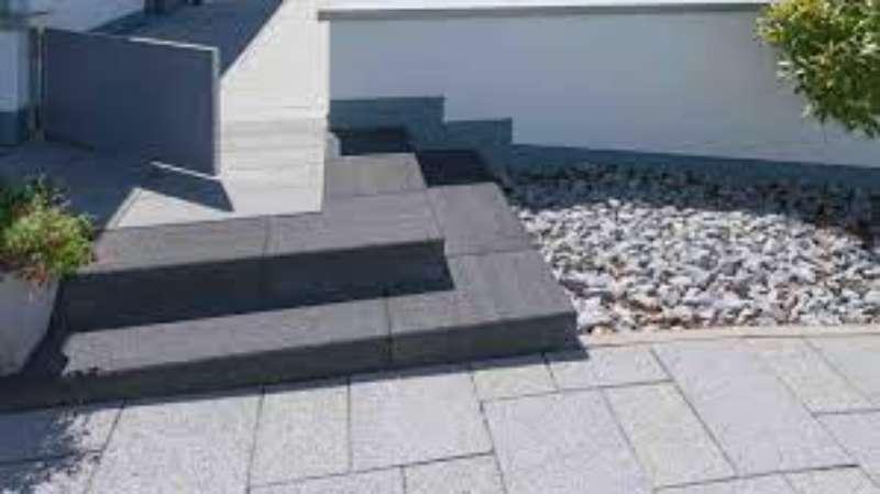 Planolith Stufen 100x35x15 cm basananthrazit wassergestrahlt (Restposten)