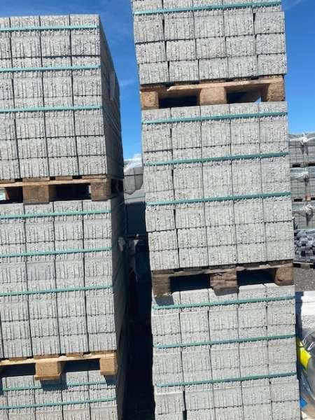 Planolith Pflaster 24x16x10,8 cm grau (Restposten)