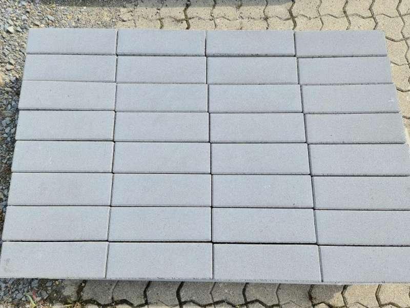 Nimbus Pflaster 30x10x8 cm mittelgrau (2.Wahl)