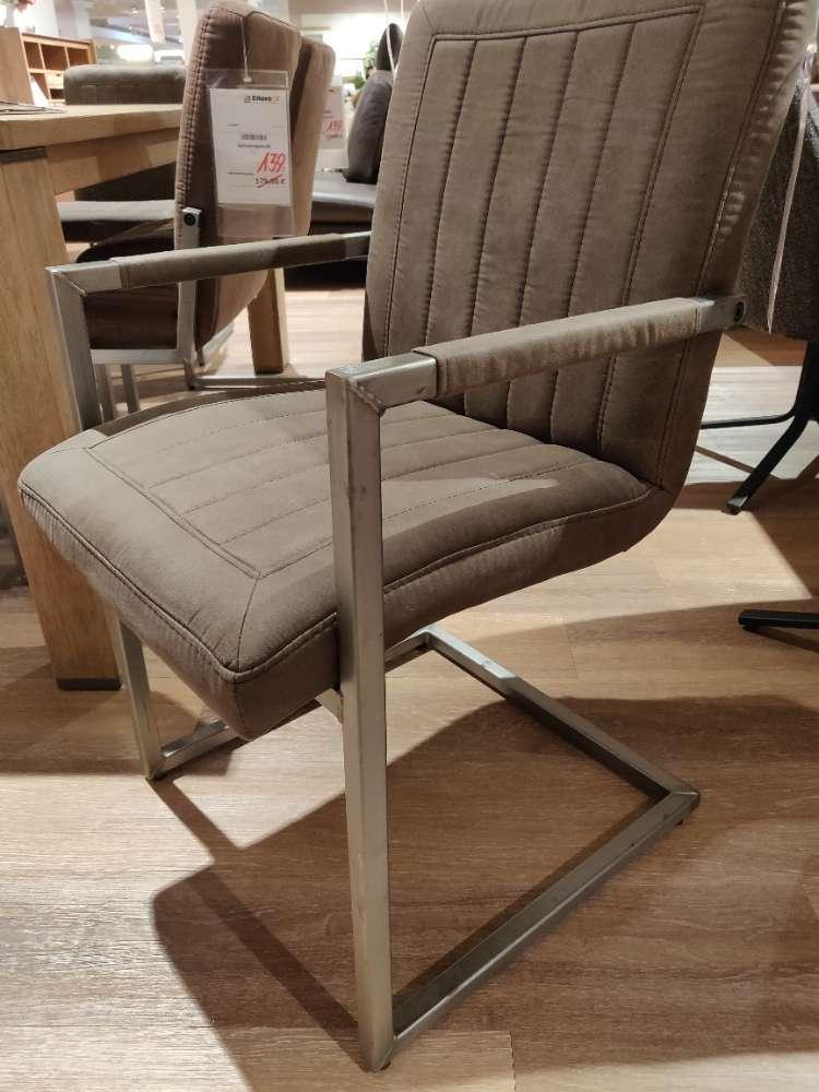 Stuhl – Armlehnstuhl – Armlehnsessel – Schwingstuhl – Ausstellungsstück