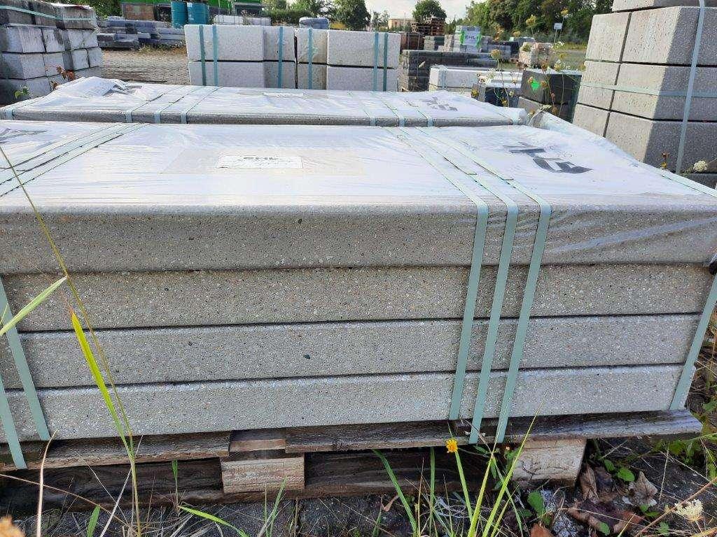EHL Sichtbeton-Blockstufe 9/40/150 cm grau gestrahlt 2. Wahl