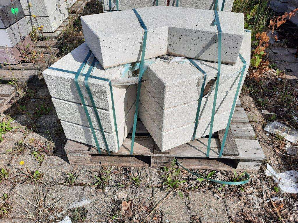 EHL Flair Blockstufe 15/35 135° Ecke weiß kugelgestrahlt 2. Wahl