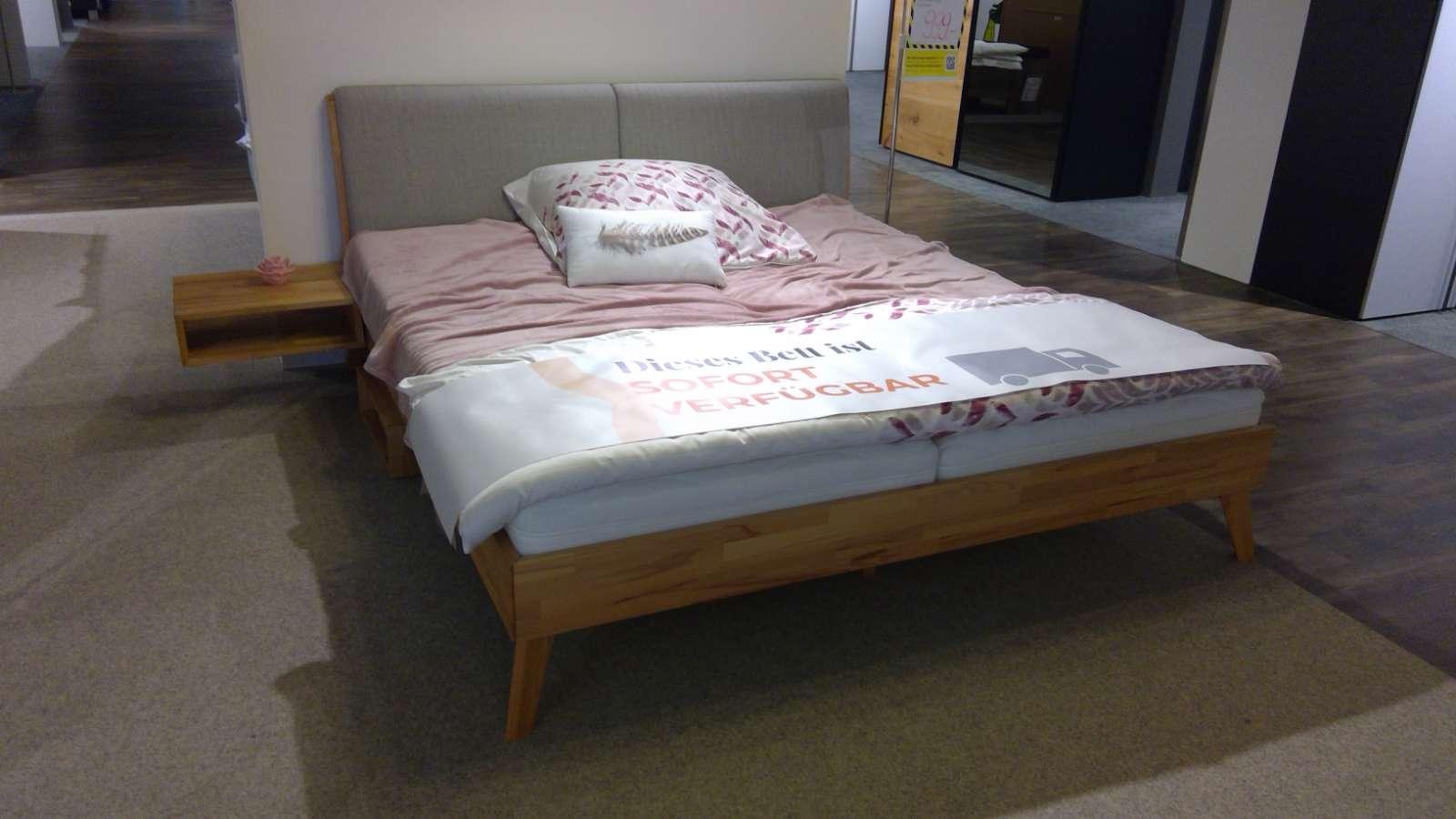 Bett Simone 20 BG inkl. 2x Nachttisch