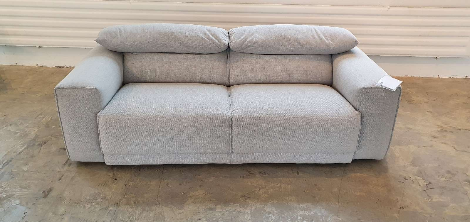 Sofa Loft – Designschöner 2-Sitzer light grey