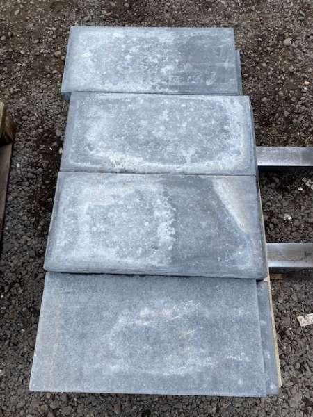 Stains Platten 60x30x5 cm grau-nuanciert betonglatt (2.Wahl)
