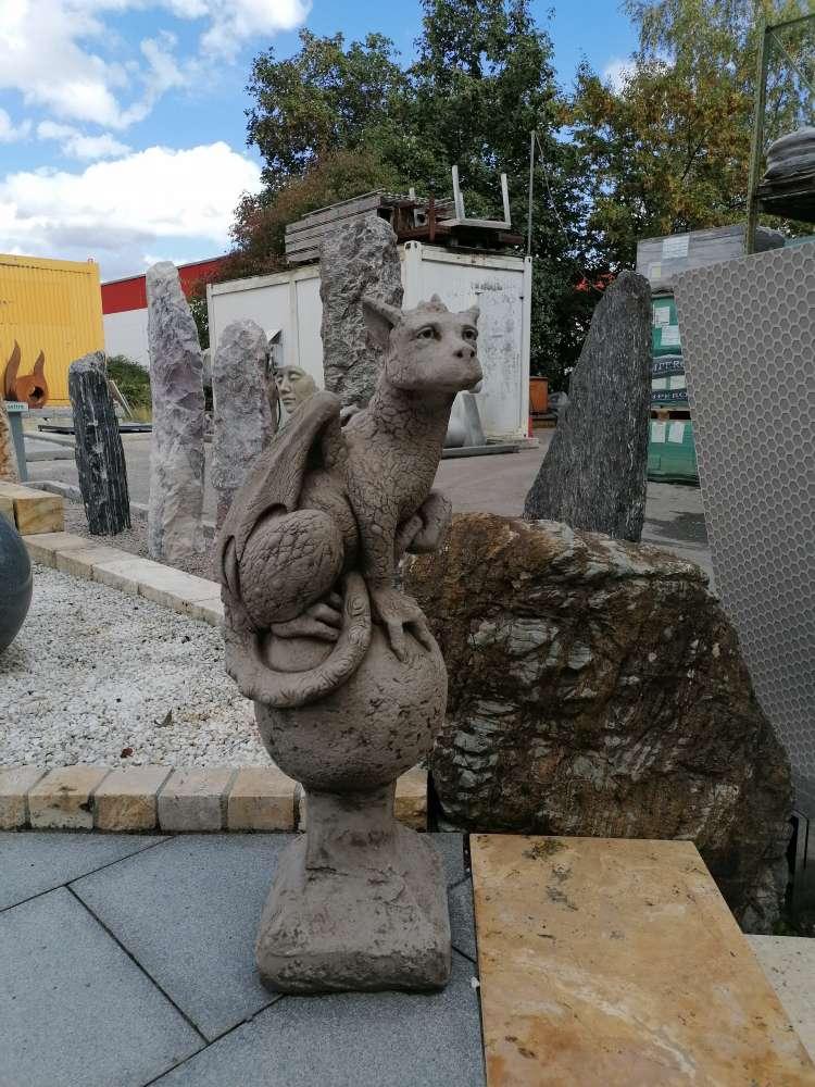 """Eryl"" Steingussfigur / Skulptur / Figur / Gartenfigur"