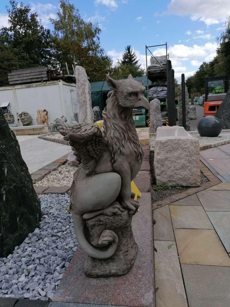 """""""Granger"""" Steingussfigur / Skulptur / Figur / Gartenfigur"""